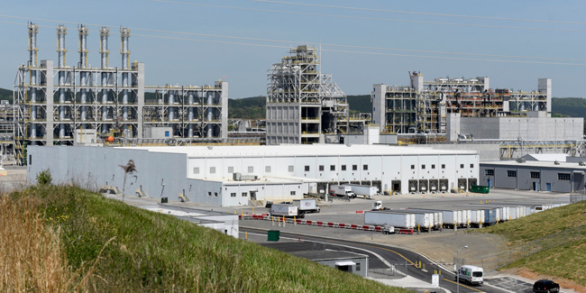 Wacker's $2.5 billion, 650-employee polysilicon plant in Bradley County is powered by TVA's Watts Bar and Sequoyah nuclear plants. [Photo: Chattanooga Times Free Press]